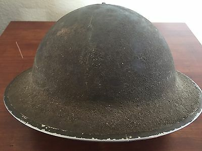 WW2 Early Canadian1942 Helmet with 1941 dated liner size 7 3/4 Nice!! Canada