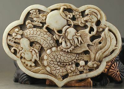 Delicate Chinese natural Old jade hand-carved statue of dragon pendant CN2