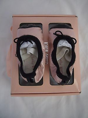 Baby Bloch Baby Girls Luxury Pale Pink Patent Leather Ballet Shoes Size 2