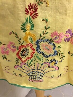 Vintage Yellow Linen Adult Apron Handmade Embroidered Flower Spray In Basket