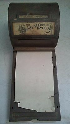 Antique TRAVEL VACATION AMERICANA HOTEL Paperoll DeLuxe Metal MEMO BOX CLIPBOARD