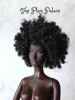 Barbie Model Of The Moment Nichelle Urban Hipster Gold Label Nude Doll