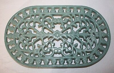 A Pair of Sage Green Intricate OVAL STEEL METAL TRIVETS Art Nouveau 9.5 x 5.5