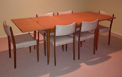 Retro dining table and 6x chairs