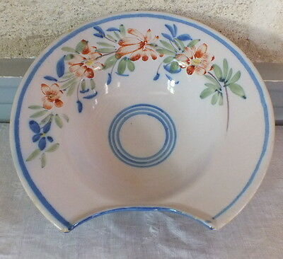 plat a barbe faience Auvillar decor floral