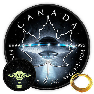 2017 RCM 1 Ounce Glow in the Dark UFO Maple Leaf Ruthenium Silver Coin Set