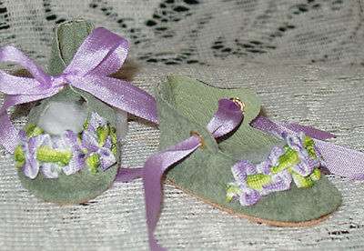 """Rosette"" 27 cm JN Body ~ Leather Doll Shoes ~FANCY Style~Green Suede w/Lavender"