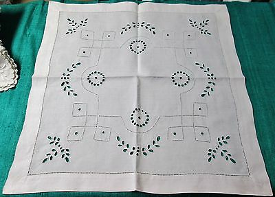 Antique Linen Table Centerpiece Eyelet Embroidery Medallions Hemstitched Unused?