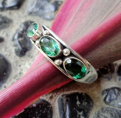Size 8 (US) Three Green Quartz Solid Silver,925 Balinese Plain Design Ring 38910