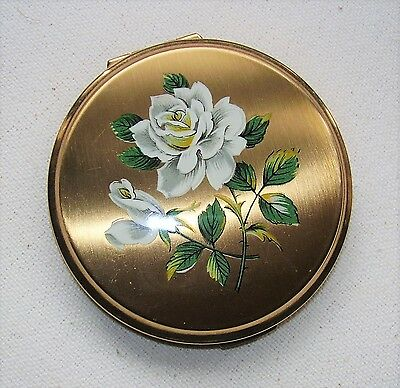 Vintage Stratton Ladies Powder Compact with beautiful white roses design