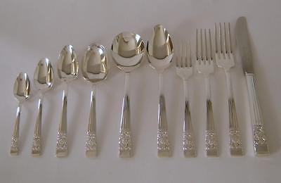 A 10 Piece Place Setting Of Oneida Hampton Court Pattern Silverplated Cutlery #2