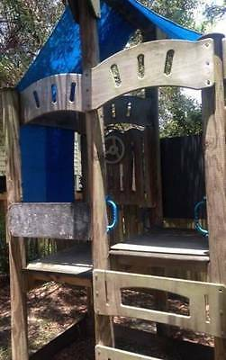 Cubby Houe Peppertown SKYFORT with large Outdoor Slide