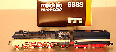 Marklin  Z:  8888 DB Steamloco with Tender cl. 10 001