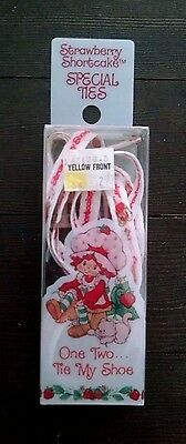 Vintage Strawberry shortcake Shoe Laces Pink Smiling Faces NOS
