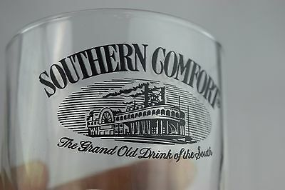 Southern Comfort Black Riverboat The Grand Old Drink of the South ROCKs Glasse