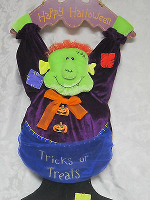 Hanging Fabric Vampire Candy bowl Trick-Or-Treat Dish Halloween Decoration