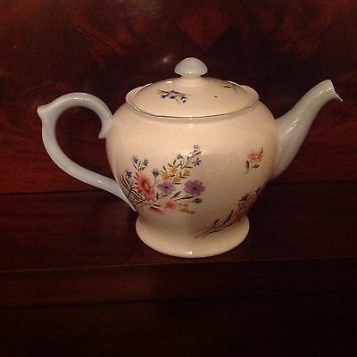 Shelley English Bone China Wild Flowers 1 1/2 pint Teapot