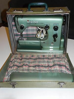 Original VINTAGE 50s VIKING HUSQVARNA Cl 21A Sewing Machine + Case / Foot Pedal