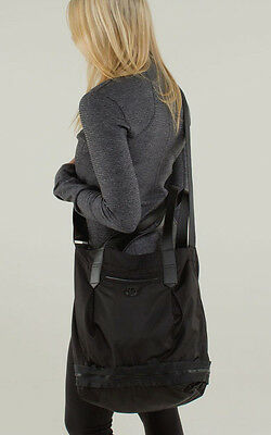 Lululemon ENLIGHTEN AND EXPAND TOTE Gym Yoga Satchel Bag RARE Black