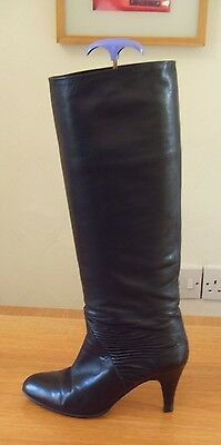 EU38.5 UK5 Renata 1980s Vintage Designer Black Leather Boots Mid Heel Slim Calf