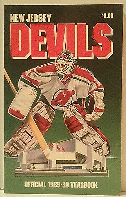 NEW JERSEY DEVILS 1989-90 OFFICIAL YEARBOOK Media Guide SEAN BURKE