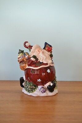 Royal Albert Santa Claus Father Christmas candle holder Ornament ceramic NO 512