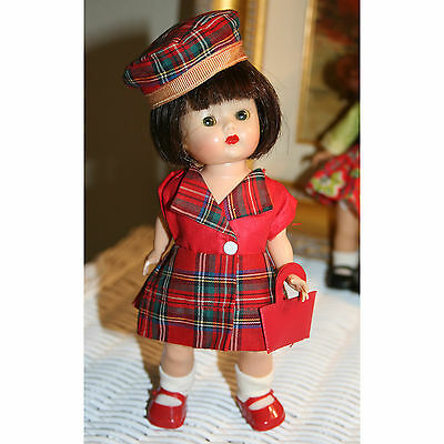 Totally sweet NASB strung 1953 Muffie in 1954 Dress Up Styles #702 With BERET!
