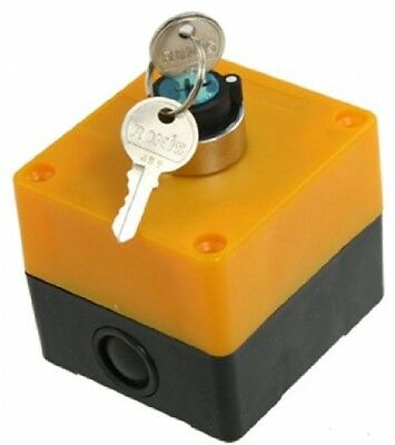 AC 400V 10A 2 Positions NO Contact Keylock Rotary Switch W 2 Pcs Keys
