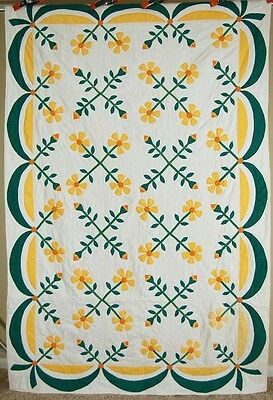 MATCHED PAIR of 30's Yellow Daisy Applique Antique Quilts ~NICE SWAG BORDERS!
