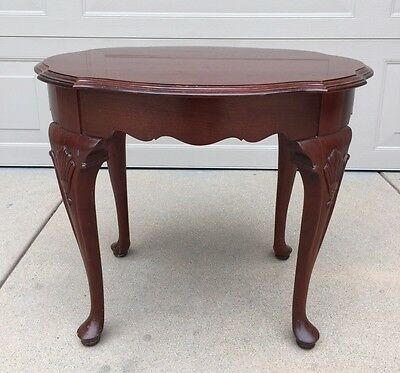 Ethan Allen Georgian Court Cherry Wood Wooden End Accent Table