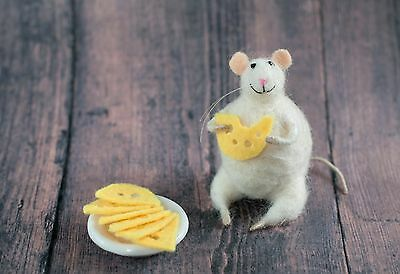 Needle felted mouse with cheese miniature animal felting gift wool mice toy doll