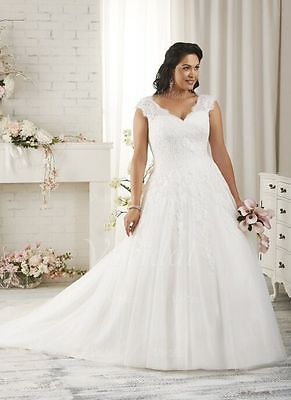 2018 New Plus Size White/Ivory Bridal Gown Beaded Wedding Dress Stock Size:14-26
