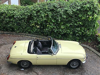 Mgb Roadster 1971  In Primrose Yellow , Lovely Car From Hcc
