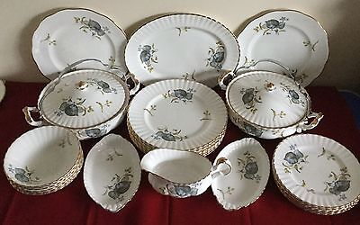 Bone China Dinner Service for 6 - Plates, Bowls, Serving Dishes - 26 Pieces