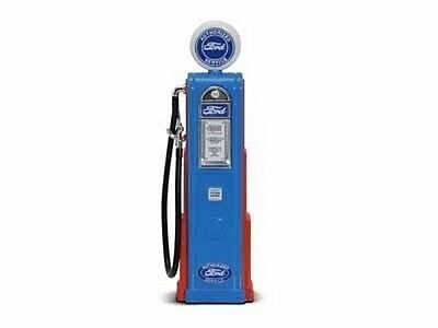 Minor Flaws 1/18 Scale Diecast  Road Signature FORD Digital Gas Pump