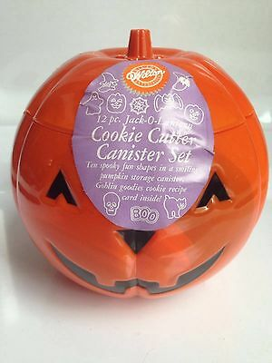 BRAND NEW! Wilton 12-PC Jack-o-Lantern Plastic COOKIE CUTTER Set in Canister