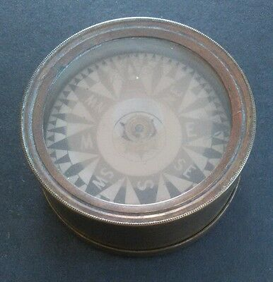 Vintage Brass Compass With Cover 2 1/4 Inch Diameter