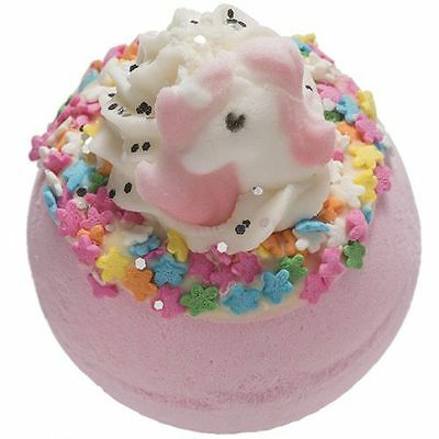 "Bomb Cosmetics Badebombe Einhorn ""I believe in Unicorns"" 160g Badekugel"