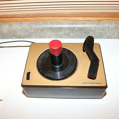 RCA Victor 45-J2 Bakelite Record Player Turntable