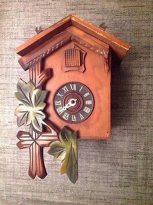 Antique Black Forest Cuckoo Clock  For Restoration  Or Spare Parts 23x16x12cm