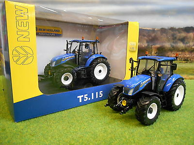 Universal Hobbies New Holland T5.115 4Wd Tractor 1/32 4229 In Oem Box