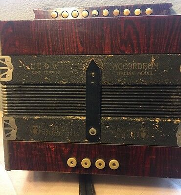 Vintage Antique Ludwig Accordeon Accordion Italian Model Hand Made