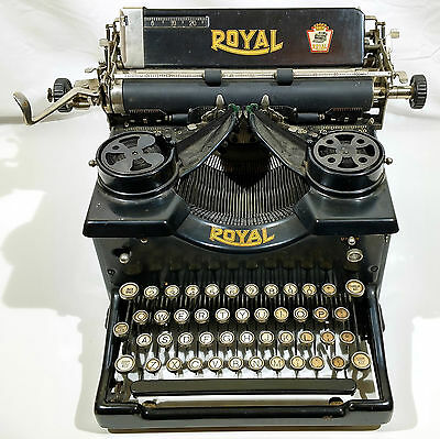 WORKING Vintage 1927 Royal No 10 Typewriter X-1042789 White Keys FREE SHIPPING
