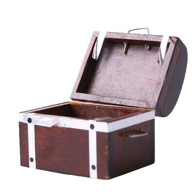 1:12 Wooden Treasure Chest Box Dolls House Miniature Home Room Accessory