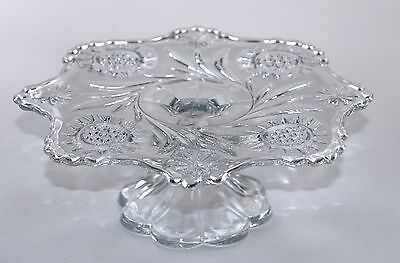 Vintage Pressed Glass Cake Stand - Embossed Flowers (H:7cm, D:19.7cm)