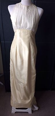 VINTAGE 50s RITCH CREAM WEDDING DRESS EMBOSSED TOP HALF BACK BUTTONS TRAIN S-M