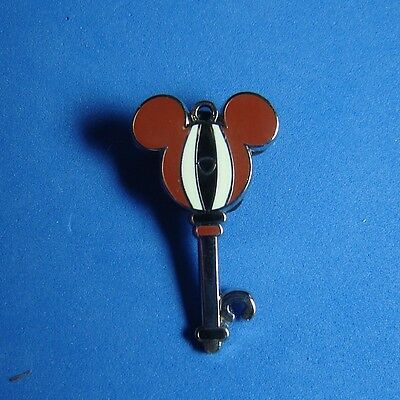 Chip  PWP Key Collection Pin from Walt Disney World Limited Release