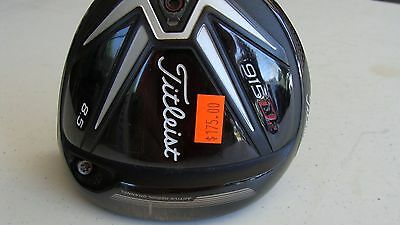 TITLEIST 915 D2 8.5* Driver Head  Right Hand w/screw Very nice  Priority US Ship