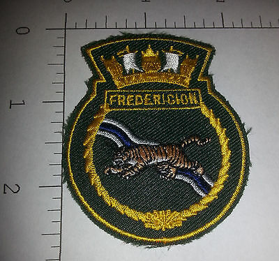 """Patch - Royal Canadian Navy - HMCS Fredericton FFH 337 (Approx. 2.5"""" x 2"""")"""