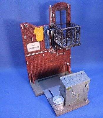 Spider-Man Diorama Toy - 54 Maujer Alley Way - Incomplete